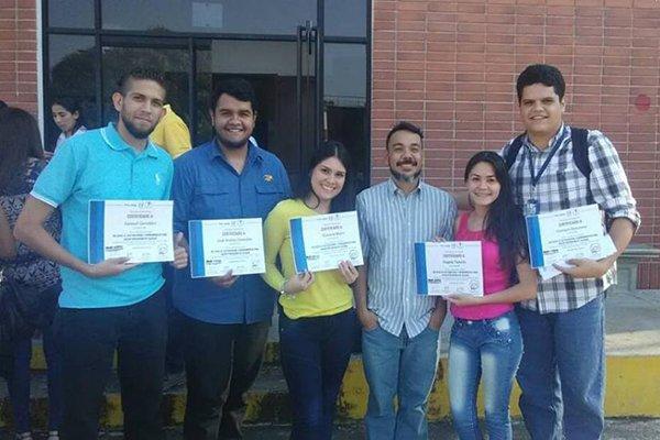 Estudiantes de Trujillo comparten conocimientos adquiridos con Medianálisis