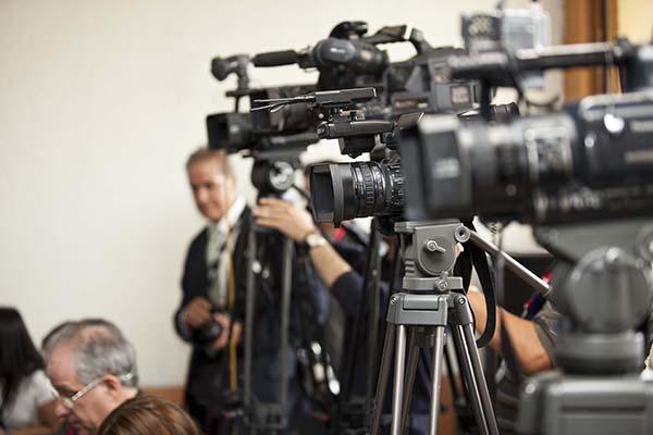 Periodismo y poder en la Revolución Bolivariana (1999-2001)